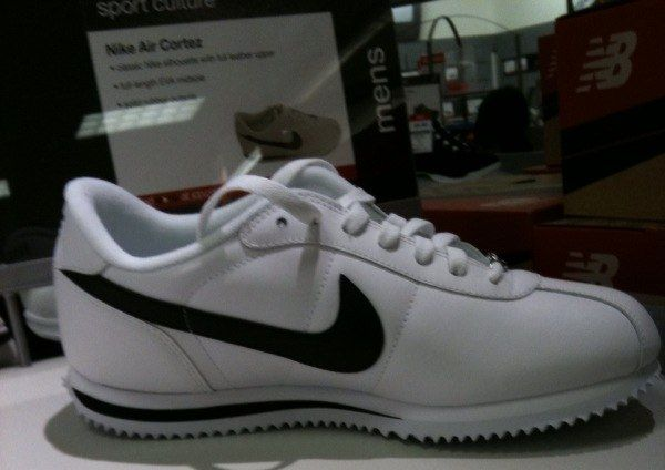 new arrival fe66e 4a18e inexpensive nike cortez shoes gang related f631a 63bb3  czech white nike  cortez used by local gangs such as la primera lp and somos pocos